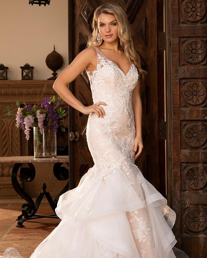 Las Vegas' Largest Wedding Dress